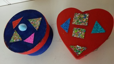 One week we painted jewellery boxes which some residents gave to their families.