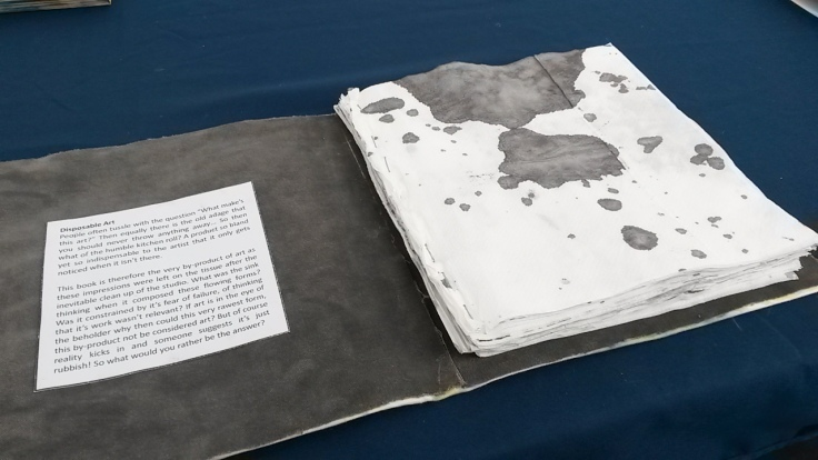 An amazing sketchbook made from paper towels used to mop up ink spills - the simplest ideas are sometimes the most beautiful!